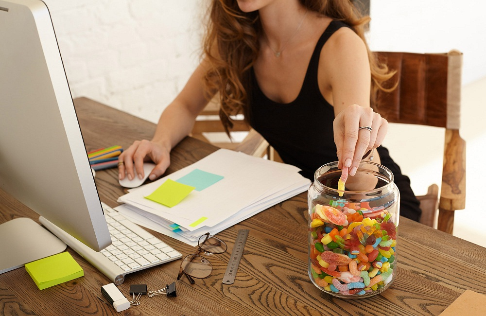 Does Your Office Have an Office Candy Jar? Here's 4 Reasons Why You Should